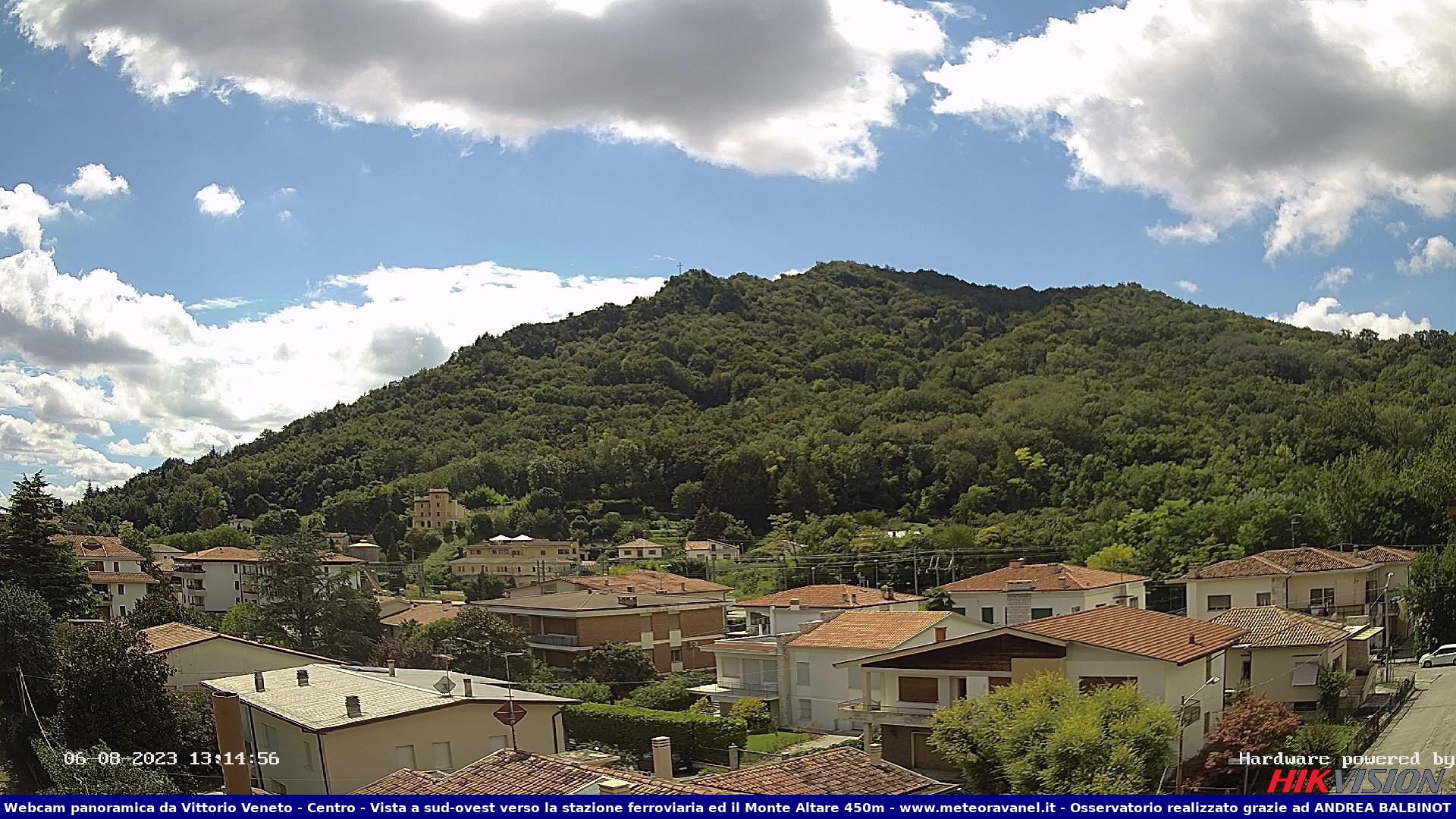 Webcam Vittorio Veneto - Vista sud-ovest verso Monte Altare